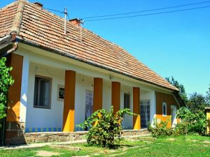 Arno's Huis kopen in Szentistván