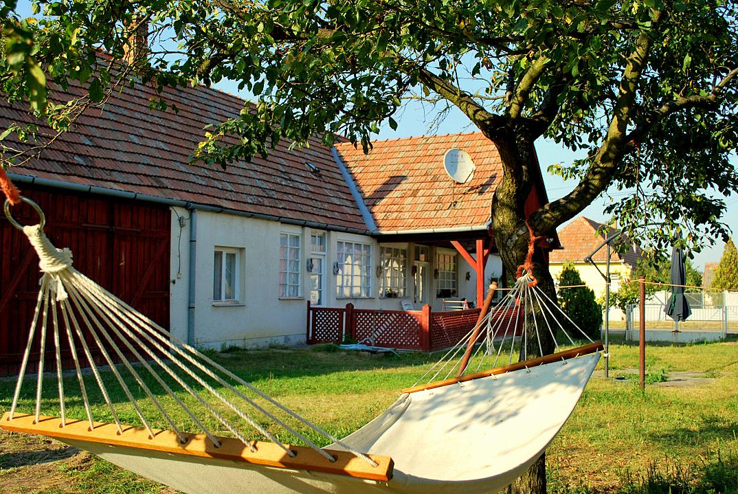 vakantiehuisje hongarije hollandse huis nemetker 01