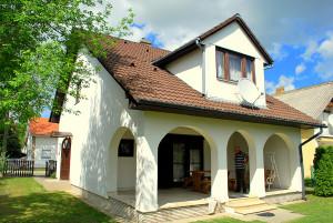 vakantiehuisje bij het Balatonmeer Fecske balatonkerseztur 01