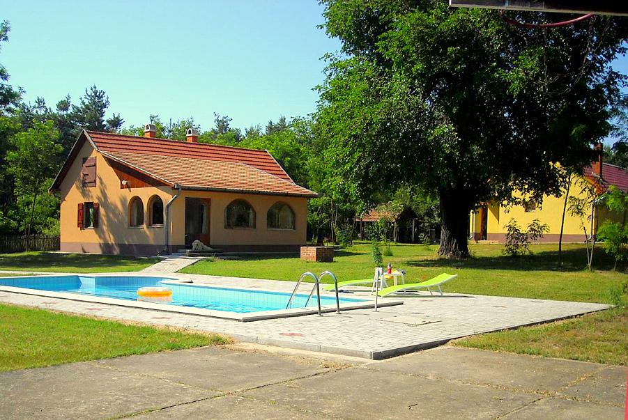 vakantiehuisjes lajomizse hongarije 01