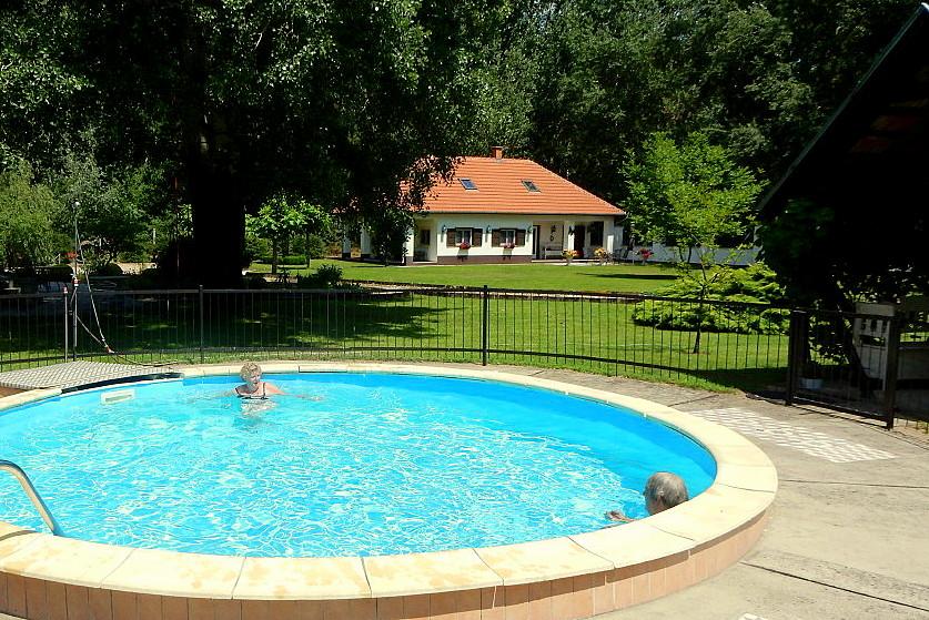 vakantievilla hongarije barack villa csemo 02